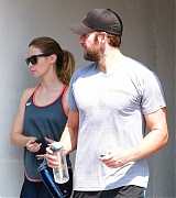 Emily Blunt Hits The Gym with John Kransinski - August 19