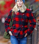 In_New_York_City_-_November_30-03.jpg