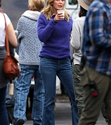 Emily_Blunt_-_Filming_in_upstate_New_York_on_October_25-04.jpg