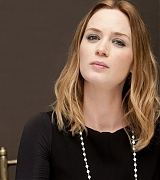 Emily_Blunt_-_The_Adjustment_Bureau_Press_Conference_in_New_York__on_February_12-10.jpg